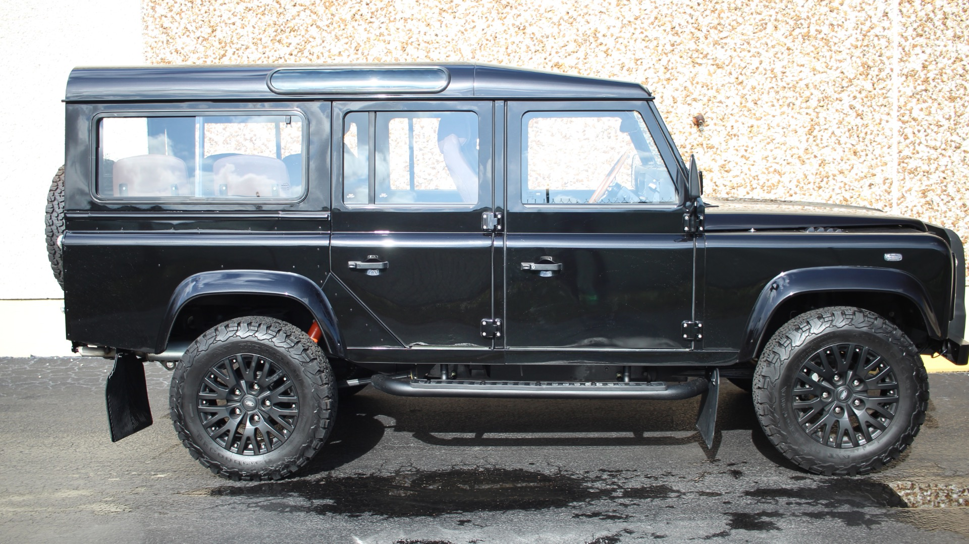for station in ltd wagon dorset sale defender xs doors wimborne car douglass used motors estate land rover landrover