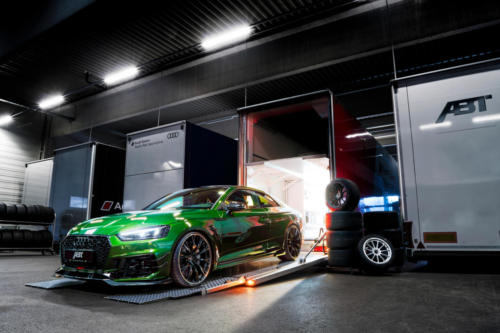 01 ABT RS5-R sonomagreen front