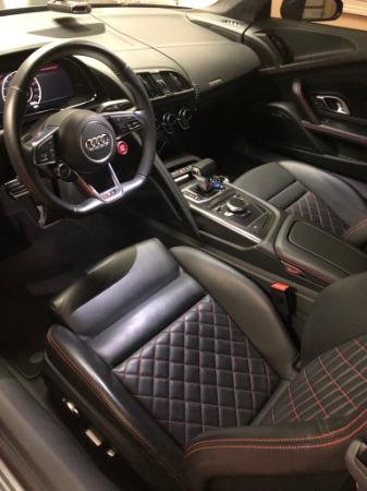 Used 2017 Audi R8 5.2 quattro V10 | Miami, FL n5