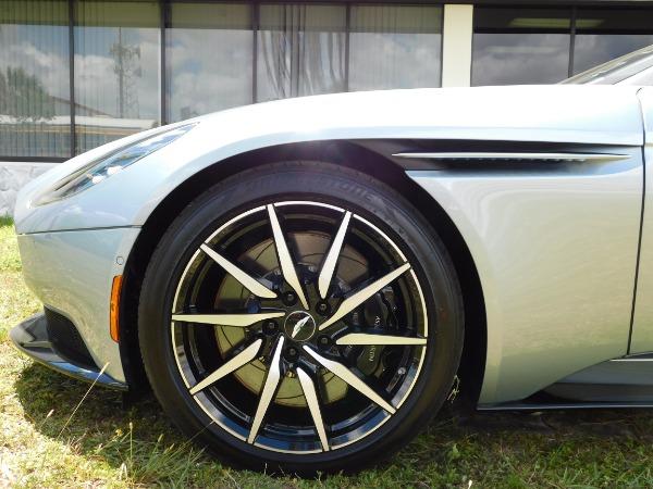 Used 2019 Aston Martin DB11 Volante | Miami, FL n26