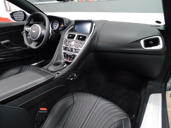 Used 2019 Aston Martin DB11 Volante | Miami, FL n39