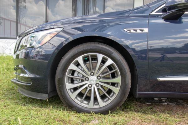 Used 2017 Buick LaCrosse Premium | Miami, FL n26