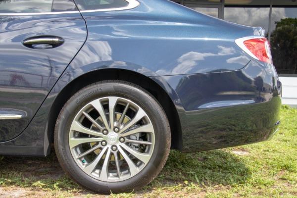 Used 2017 Buick LaCrosse Premium | Miami, FL n28