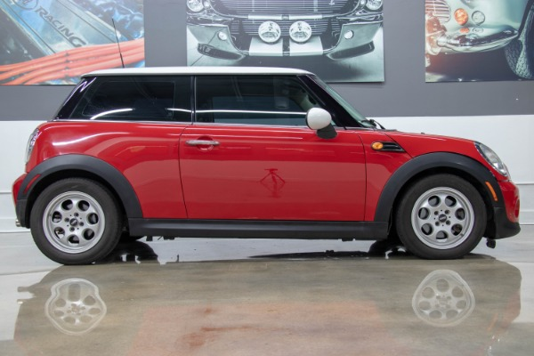 Used 2013 MINI Hardtop Cooper | Miami, FL n2