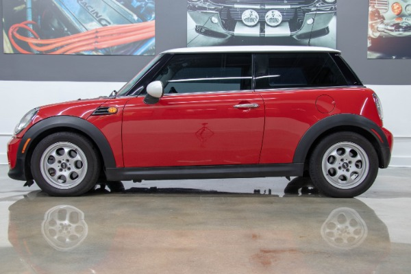 Used 2013 MINI Hardtop Cooper | Miami, FL n4