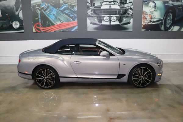 Used 2020 Bentley Continental GT V8 | Miami, FL n21