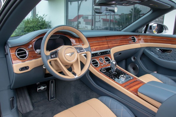 Used 2020 Bentley Continental GT V8 | Miami, FL n36