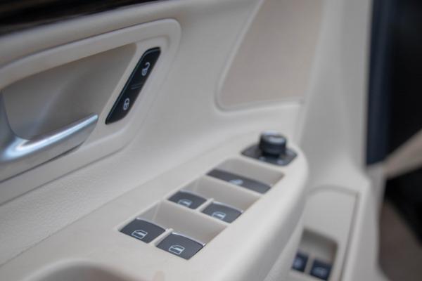 Used 2015 Volkswagen Eos Executive Edition SULEV | Miami, FL n32