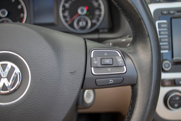 Used 2015 Volkswagen Eos Executive Edition SULEV | Miami, FL n37