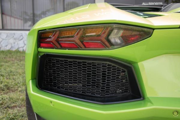 Used 2015 Lamborghini Aventador LP 700-4 Roadster | Miami, FL n17