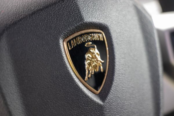 Used 2015 Lamborghini Aventador LP 700-4 Roadster | Miami, FL n43