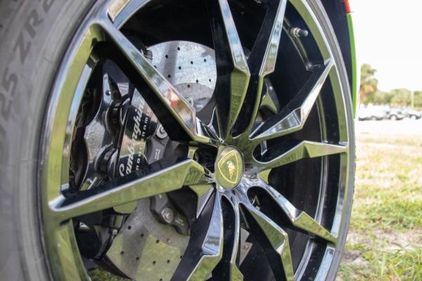 Used 2015 Lamborghini Aventador LP 700-4 Roadster | Miami, FL n60