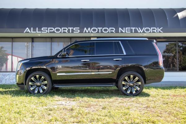 Used 2017 Cadillac Escalade Standard | Miami, FL n18