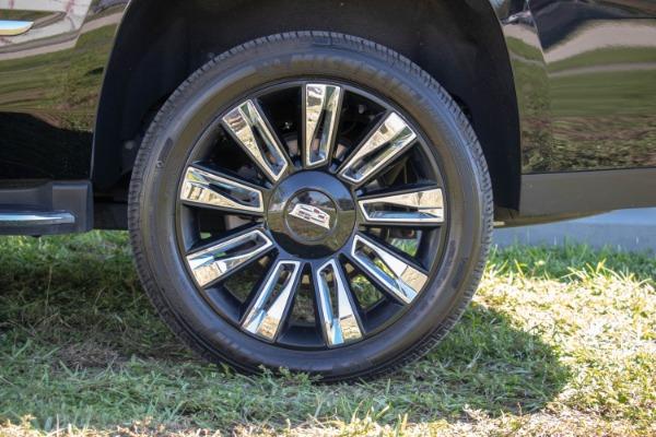 Used 2017 Cadillac Escalade Standard | Miami, FL n19