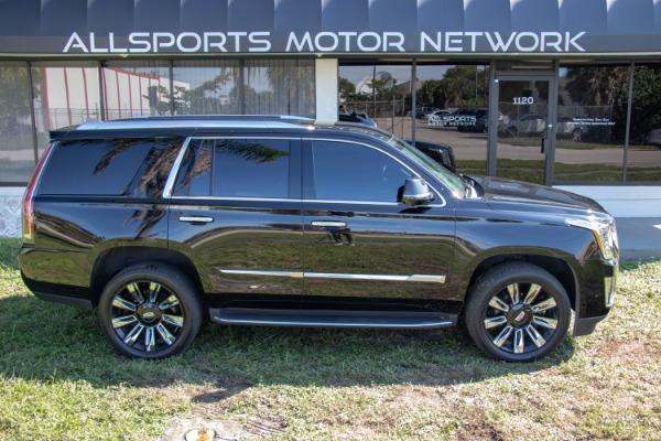 Used 2017 Cadillac Escalade Standard | Miami, FL n21