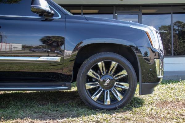 Used 2017 Cadillac Escalade Standard | Miami, FL n22