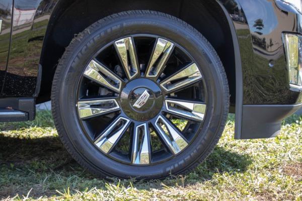 Used 2017 Cadillac Escalade Standard | Miami, FL n25