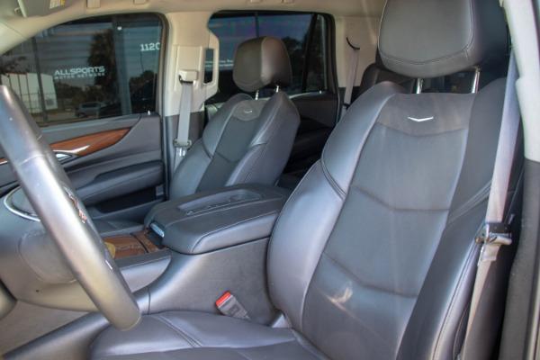 Used 2017 Cadillac Escalade Standard | Miami, FL n28