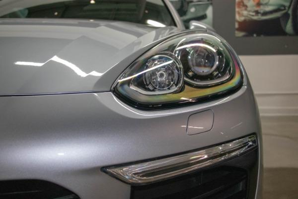 Used 2017 Porsche Cayenne S E-Hybrid Platinum Edition | Miami, FL n11