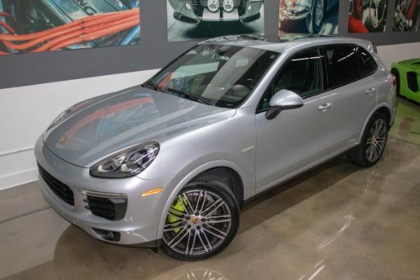 Used 2017 Porsche Cayenne S E-Hybrid Platinum Edition | Miami, FL n13