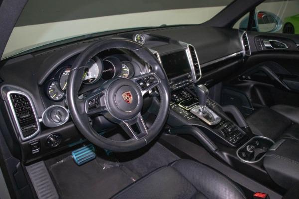 Used 2017 Porsche Cayenne S E-Hybrid Platinum Edition | Miami, FL n36