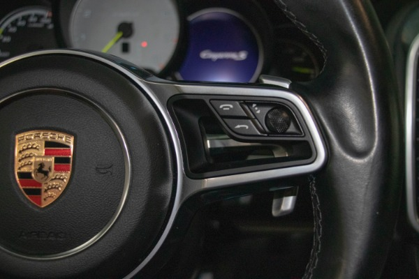 Used 2017 Porsche Cayenne S E-Hybrid Platinum Edition | Miami, FL n46