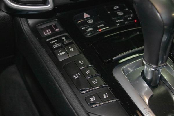 Used 2017 Porsche Cayenne S E-Hybrid Platinum Edition | Miami, FL n54
