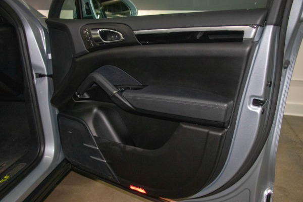 Used 2017 Porsche Cayenne S E-Hybrid Platinum Edition | Miami, FL n58