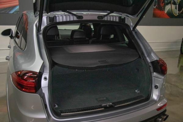 Used 2017 Porsche Cayenne S E-Hybrid Platinum Edition | Miami, FL n71