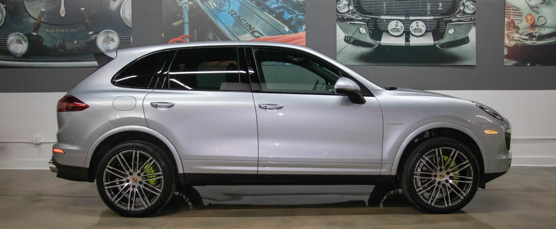 Used 2017 Porsche Cayenne S E-Hybrid Platinum Edition | Miami, FL