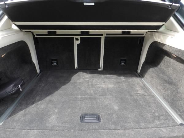Used 2019 Bentley Bentayga V8 | Miami, FL n17