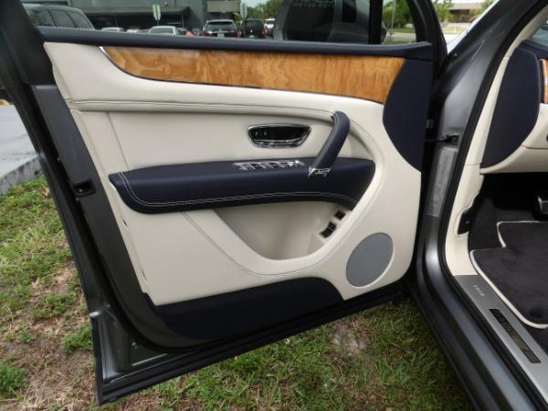 Used 2019 Bentley Bentayga V8 | Miami, FL n32