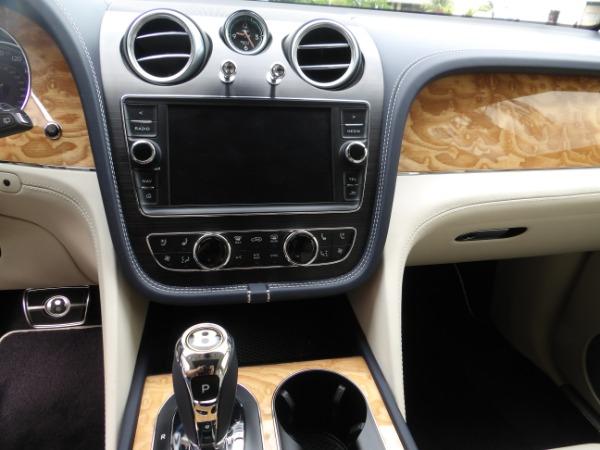 Used 2019 Bentley Bentayga V8 | Miami, FL n41