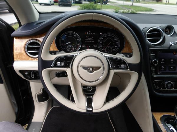 Used 2019 Bentley Bentayga V8 | Miami, FL n43