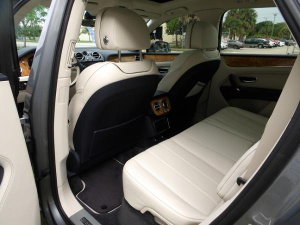 Used 2019 Bentley Bentayga V8 | Miami, FL n51