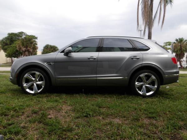 Used 2019 Bentley Bentayga V8 | Miami, FL n56