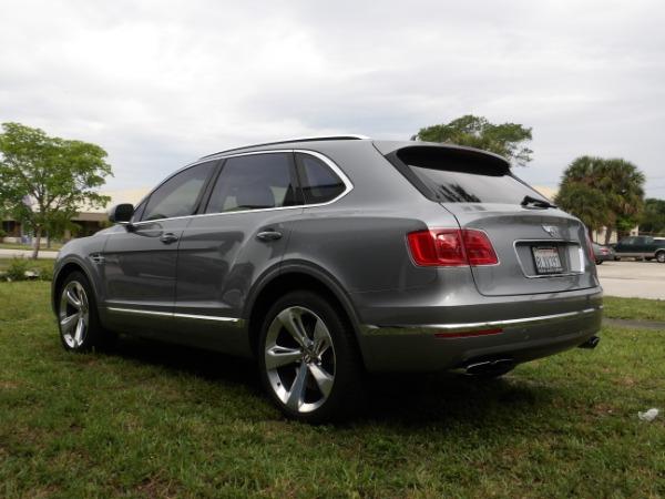 Used 2019 Bentley Bentayga V8 | Miami, FL n59