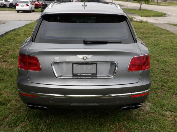 Used 2019 Bentley Bentayga V8 | Miami, FL n63