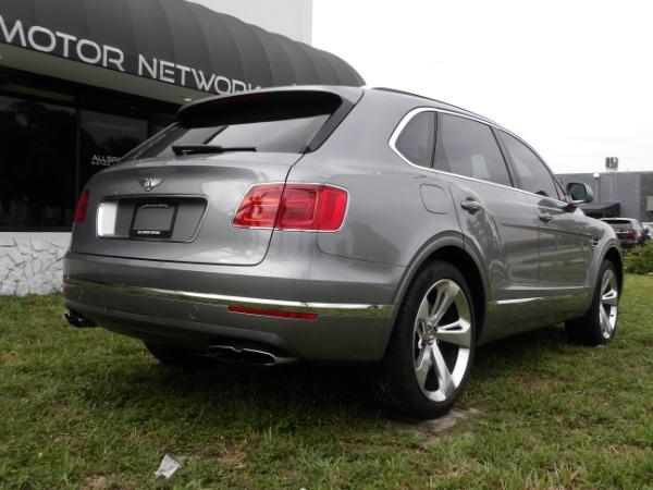 Used 2019 Bentley Bentayga V8 | Miami, FL n64