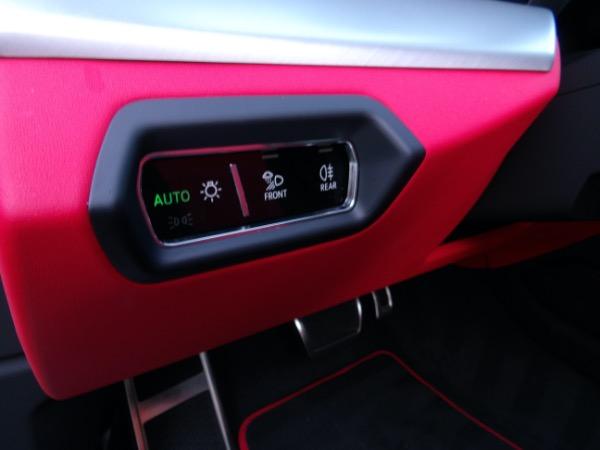 Used 2019 Lamborghini Urus  | Miami, FL n64
