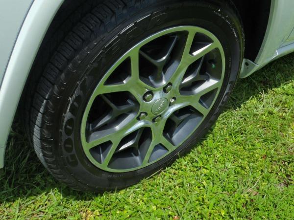 Used 2019 Jeep Grand Cherokee Overland   Miami, FL n11