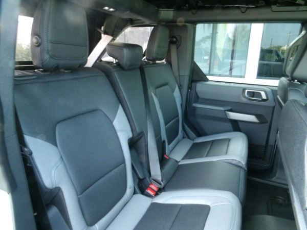 Used 2021 Ford Bronco Black Diamond   Miami, FL n28