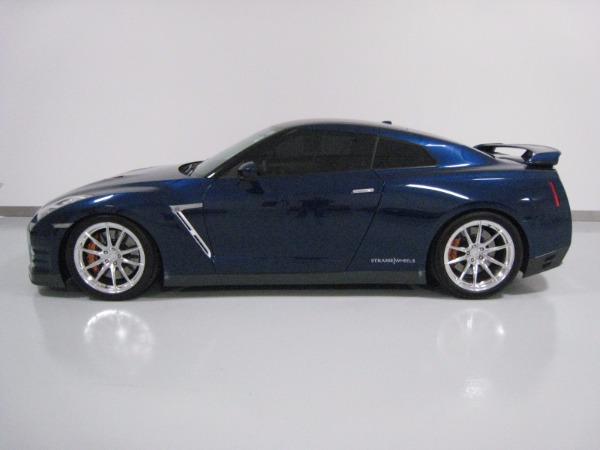 Used 2015 Nissan GT-R Premium   Miami, FL n16