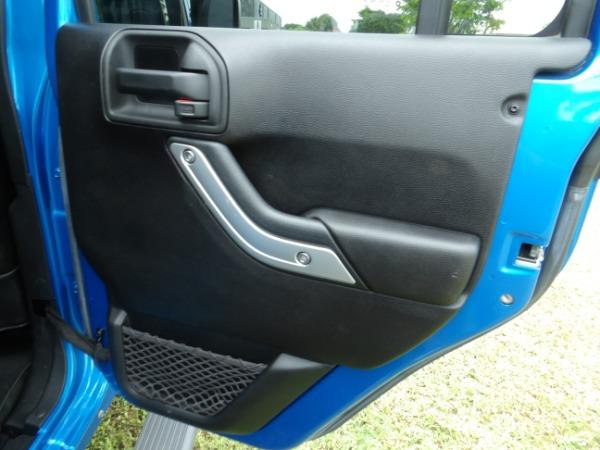 Used 2015 Jeep Wrangler Unlimited Sahara   Miami, FL n45