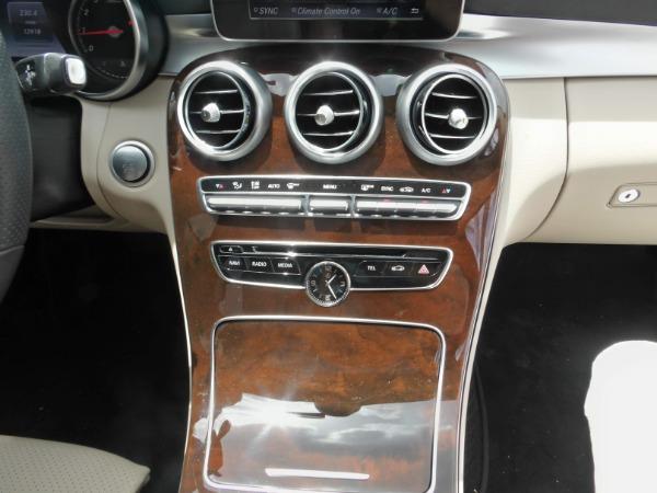 Used 2018 Mercedes-Benz C-Class C 300   Miami, FL n24