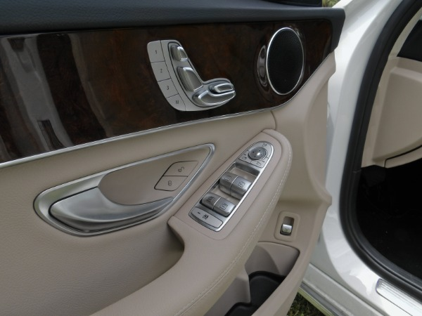 Used 2018 Mercedes-Benz C-Class C 300   Miami, FL n40