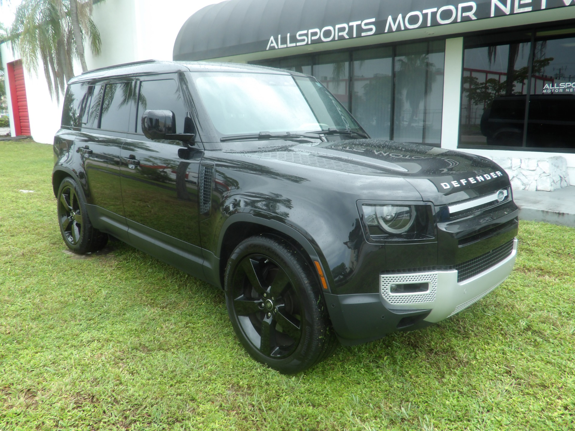 Used 2020 Land Rover Defender 110 First Edition   Miami, FL