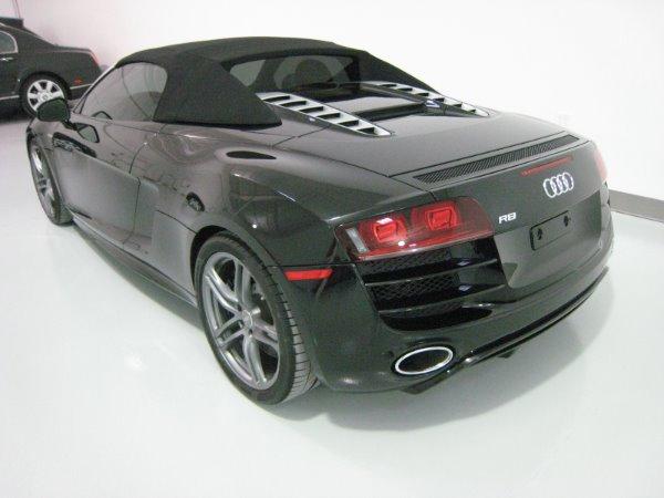 Used 2011 Audi R8 5.2 quattro Spyder | Miami, FL n12