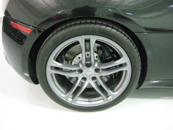 Used 2011 Audi R8 5.2 quattro Spyder | Miami, FL n14