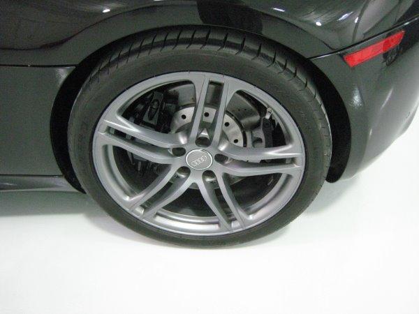Used 2011 Audi R8 5.2 quattro Spyder | Miami, FL n16
